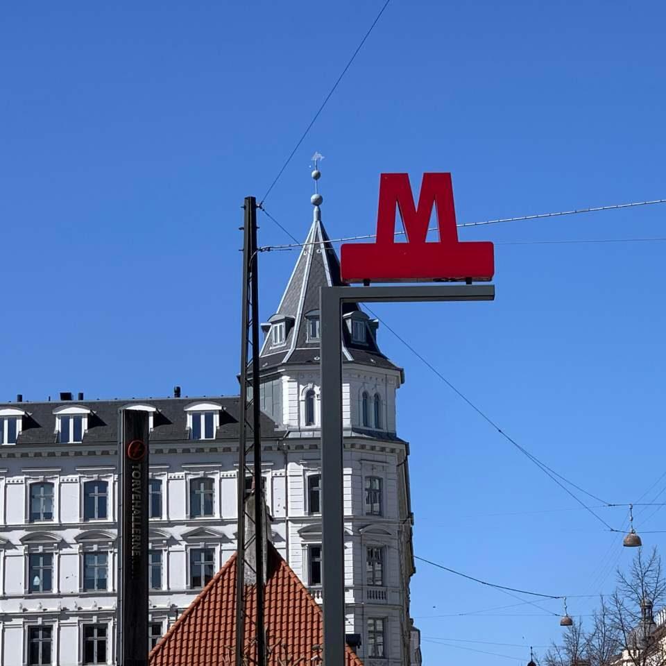 Metro, Iraels Plads, København K